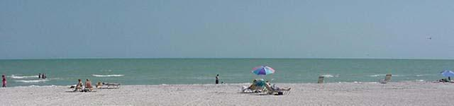 Pointe Santo de Sanibel Sandy Beach